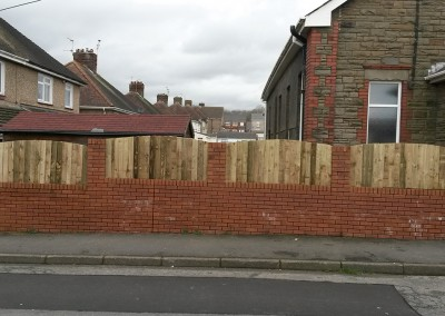 Fence on wall Renewal