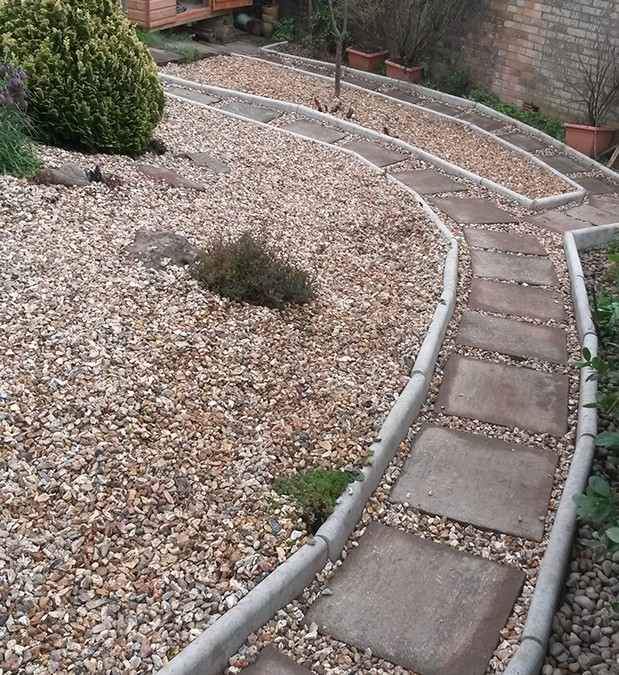 Patio & Stone/Gravel Area