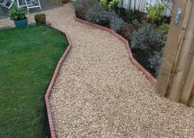 New Edging and Chipping Pathway